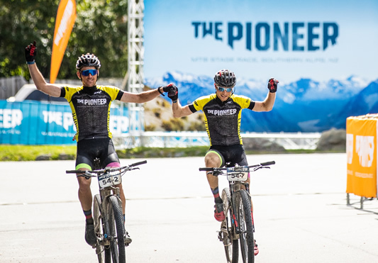 Vink In Unique Double, Mcilroy And Hollamby Champions At The Pioneer