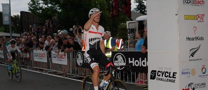 Thrilling finish at Lake Taupo Cycle Challenge Criterium