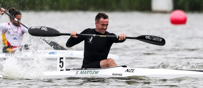 Kiwis fire on opening day in Poznan