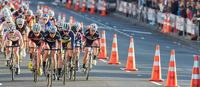 Rainbow jerseys, Olympic hopes line-up at Vantage Criterium in Christchurch